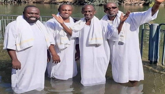 Asiedu Nketia together with some NDC executives in River Jordan