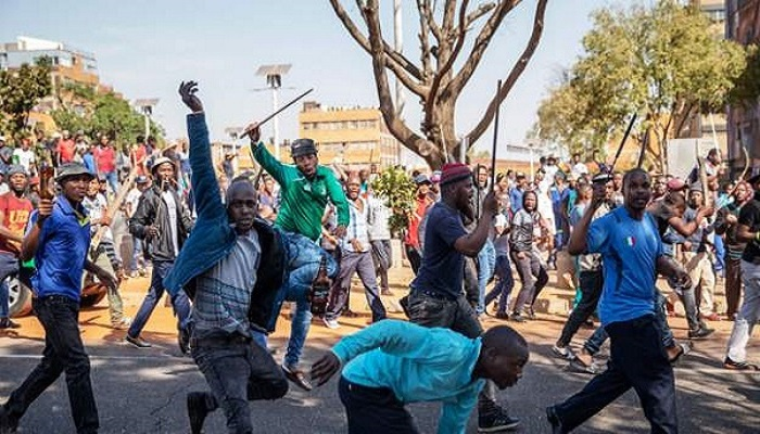 South Africans have taken to the streets in some neighbourhoods of Johannesburg