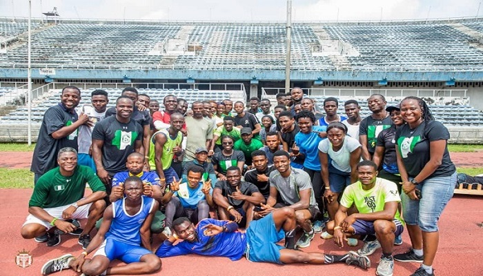 Akwasi Frimpong in a group photo with some of the participants