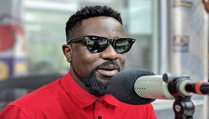 I don't waste my time on lies – Sarkodie reacts to his absence in Obrafour's documentary