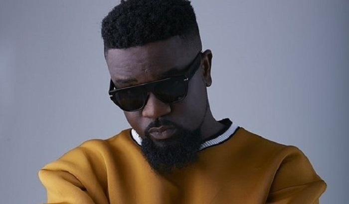 Disappointed Sarkodie goes hard on authorities of Ridge hospital