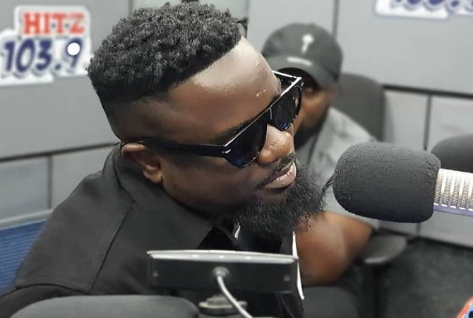 Sarkodie finally speaks on why he failed to perform at the Cardi B concert