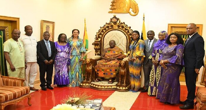 Otumfuo Osei Tutu II welcomed members of the EC to his palace
