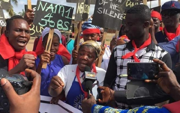 Photo of aggrieved customers during a demonstration
