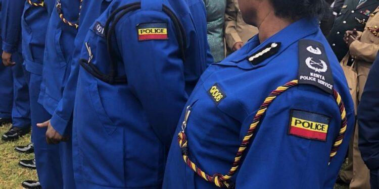 Kenyan police officers 'told to buy their own uniforms'