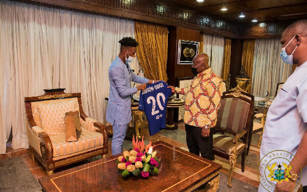 The Chelsea winger paid a courtesy call on President Akufo-Addo