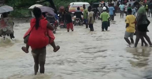 The neighborhood of Makèpè-Missoké was invaded by water in the heart of Cameroon's capital